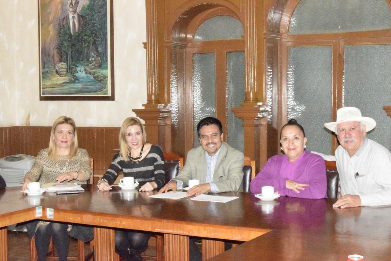 Reunión de trabajo con Cocotra y Sec. de Gobieno